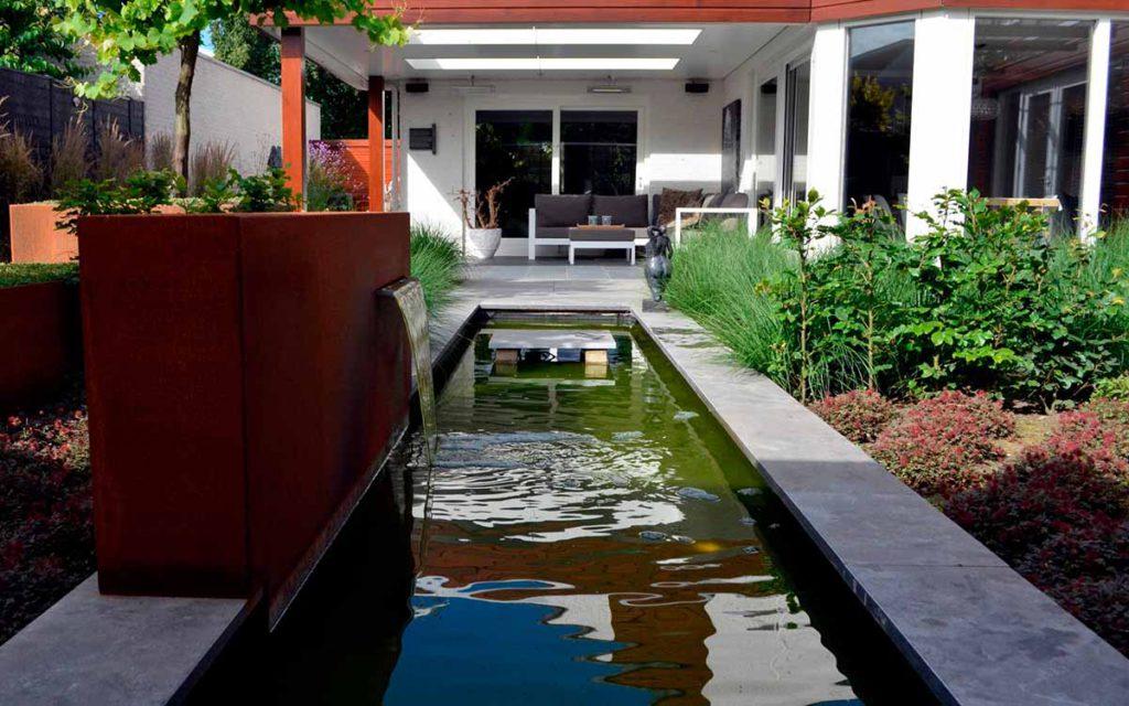 Inspiratie voor water in uw tuin de groot hoveniers for Vijverbak groot