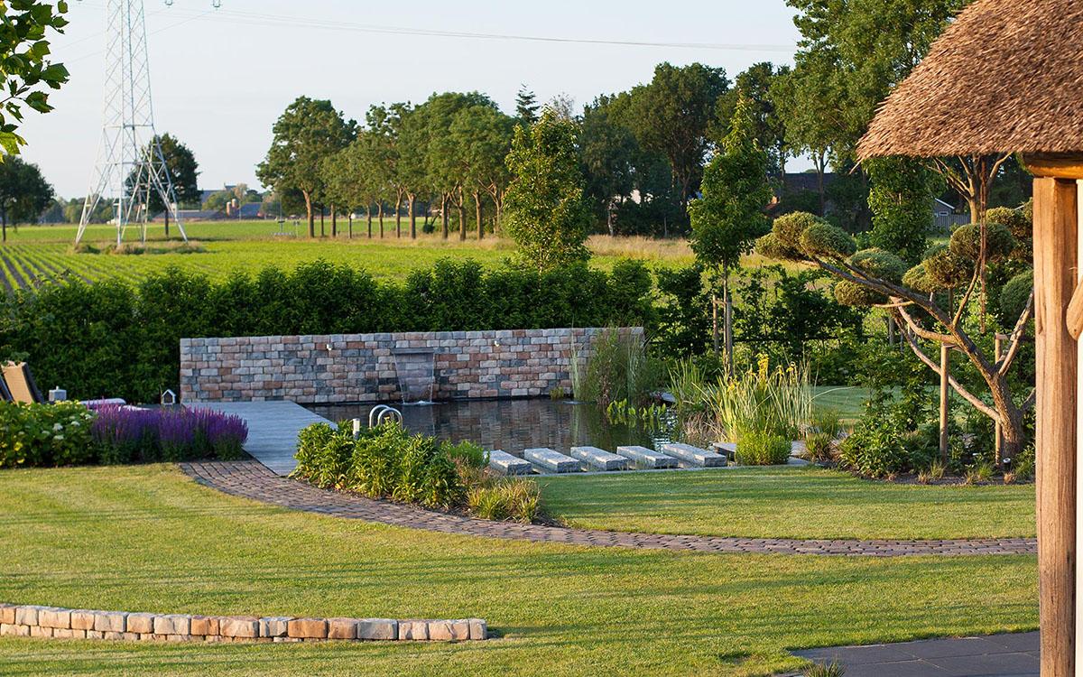 De Groot Hoveniers tuinstijlen tuinen landelijke tuin zwemvijver zwembad