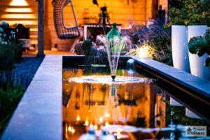 avond water tuin verlichting